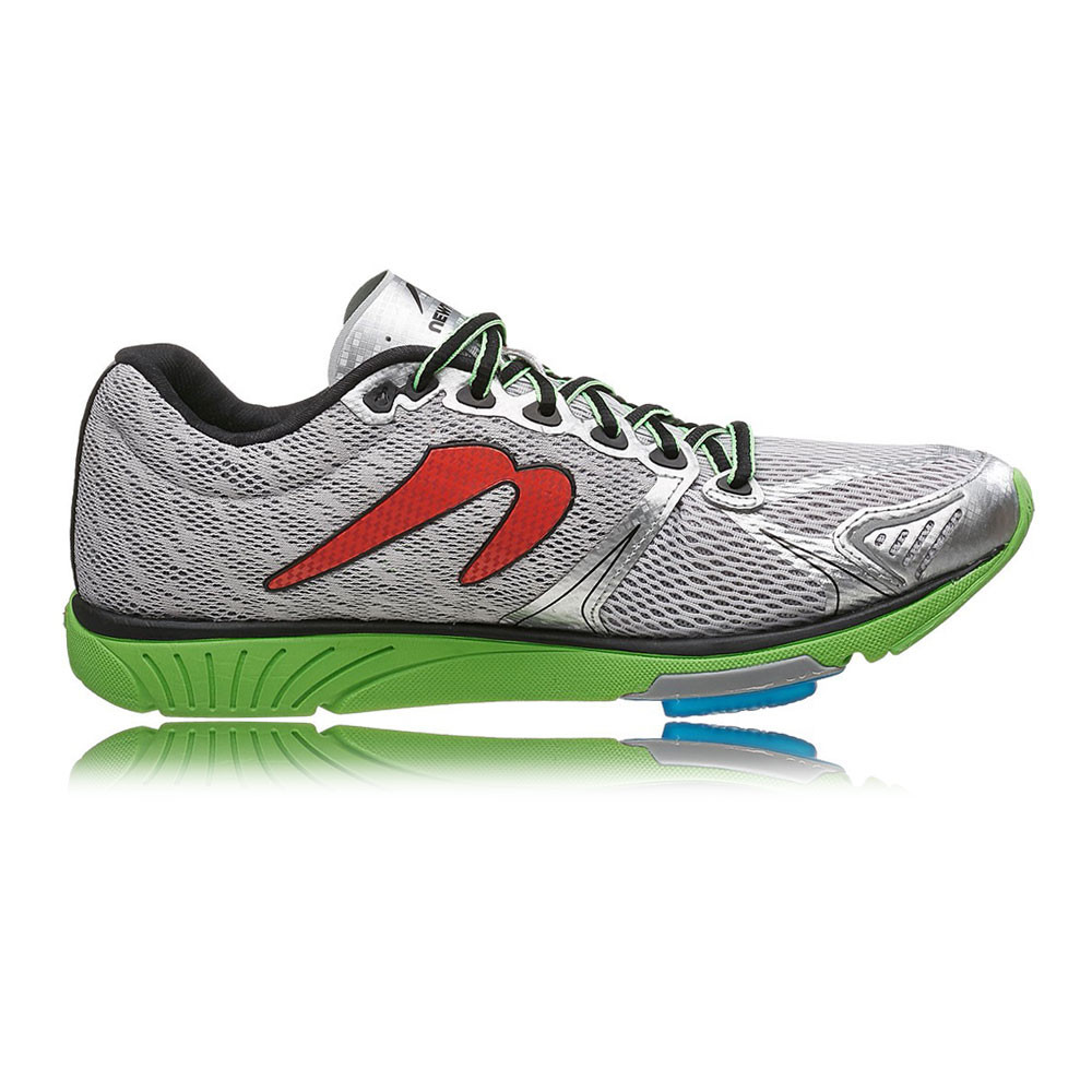 newton distance v mens green silver cushioned running