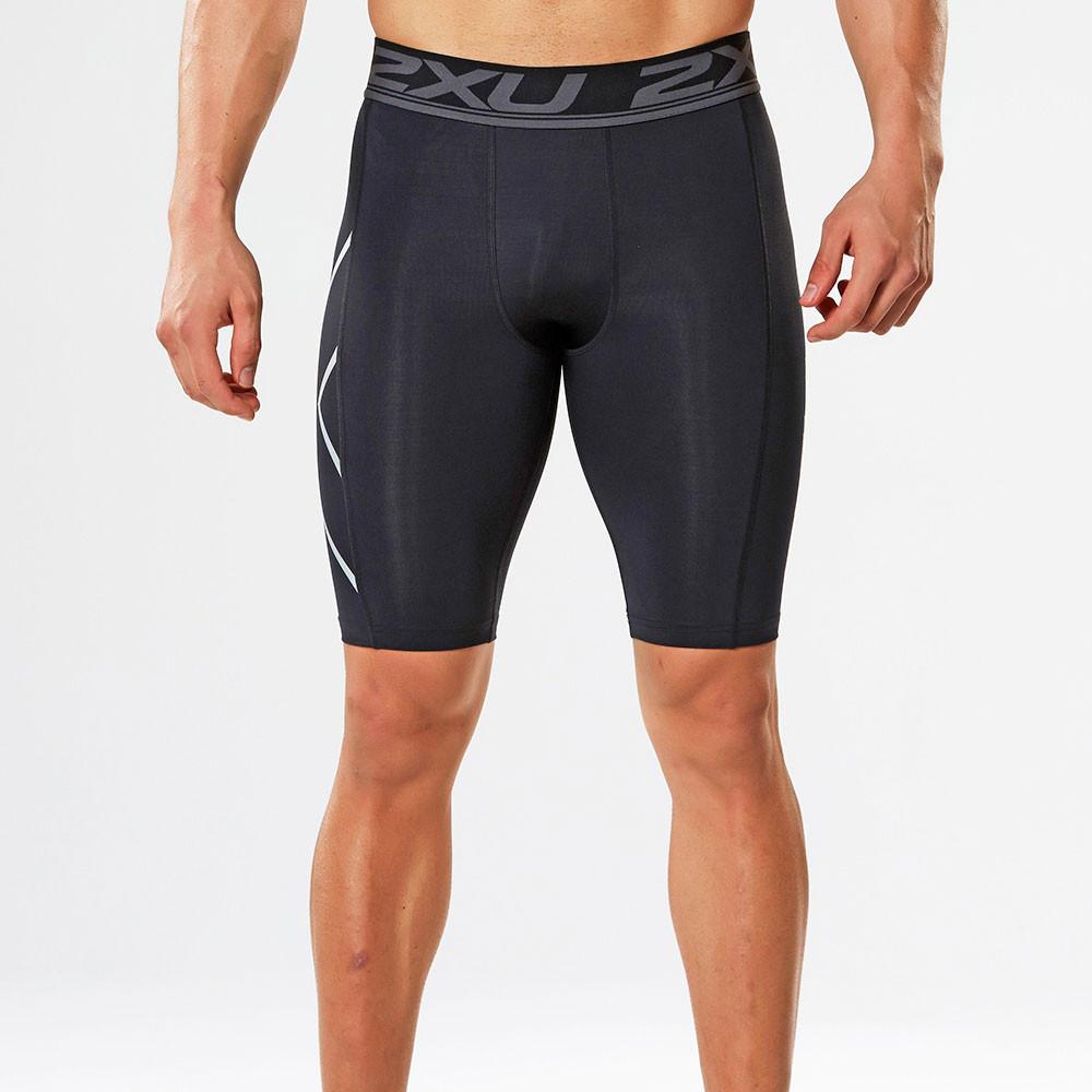 2xu herren kompression kurze hose sport shorts funktionshose schwarz silber ebay. Black Bedroom Furniture Sets. Home Design Ideas