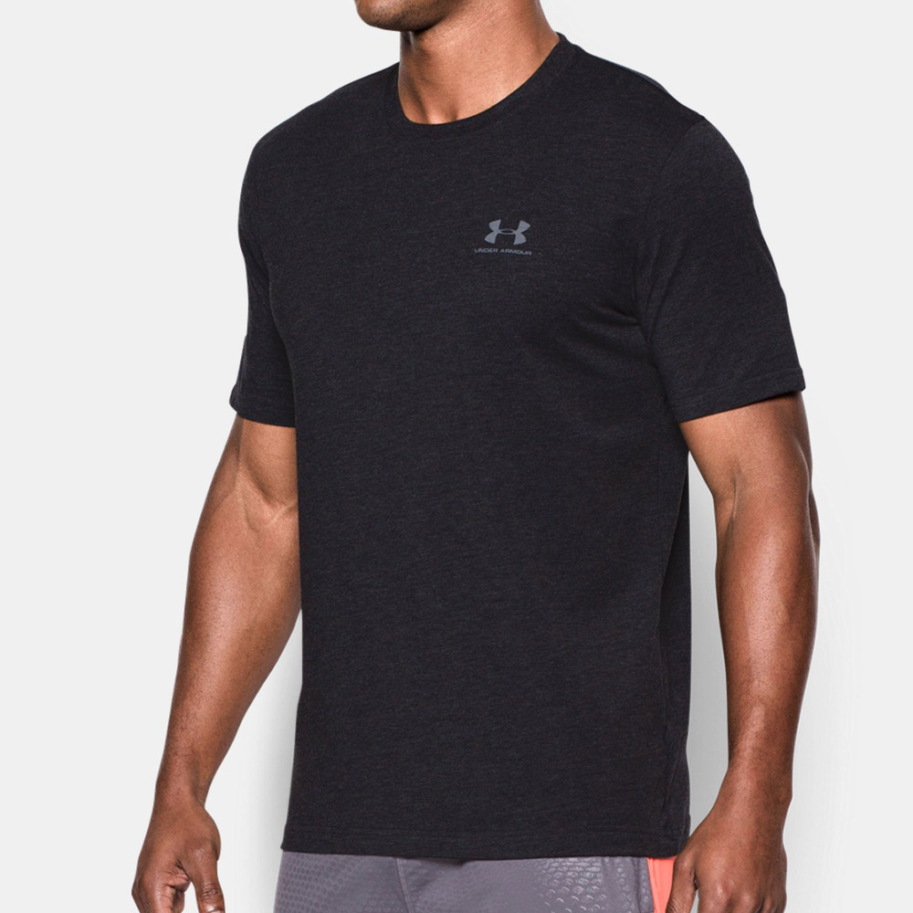 Under armour mens black running sportstyle left chest logo for Mens under armour shirts